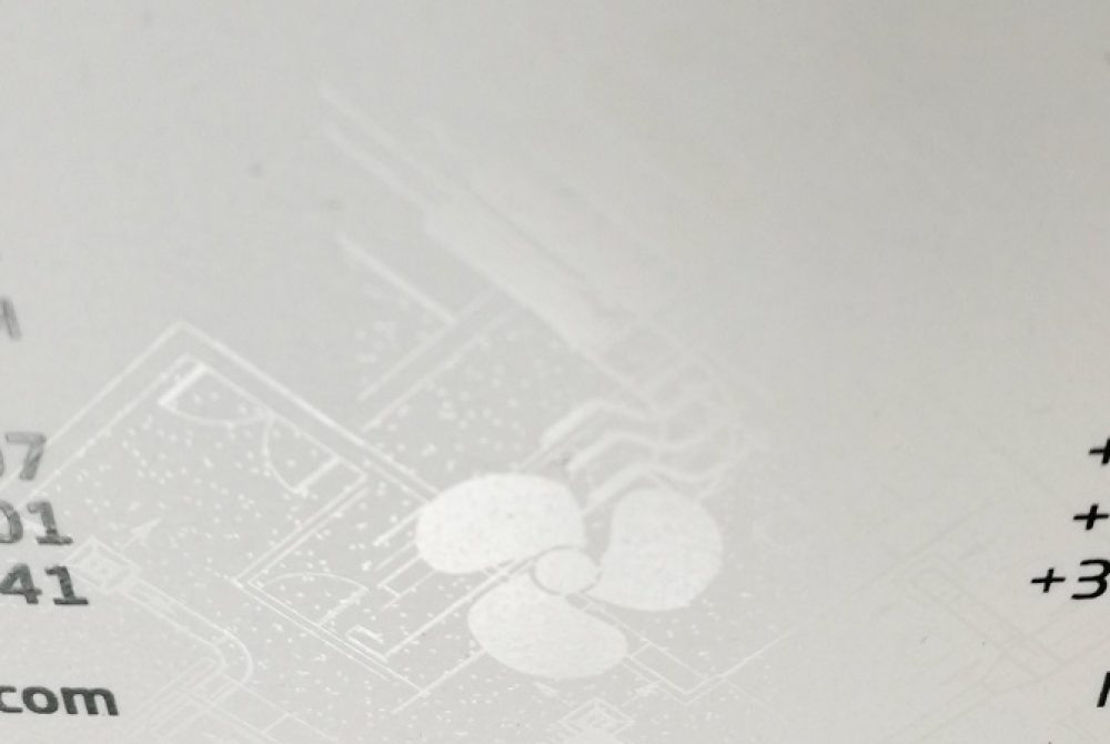 Clear-dry-toner-business-card-detail